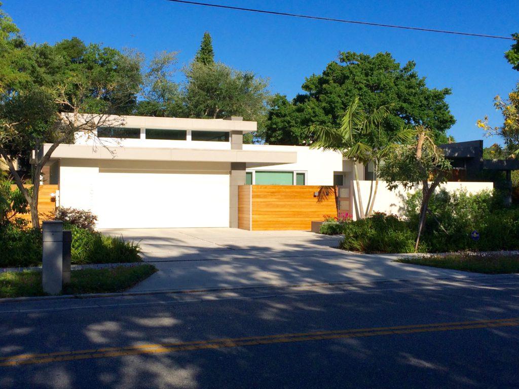 Orange Avenue Lotus House - Chris Leader Leader Design Studio