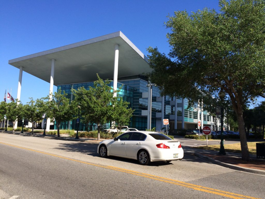 Hearld Tribune Building on Main Street - Arquitectonica of Miami